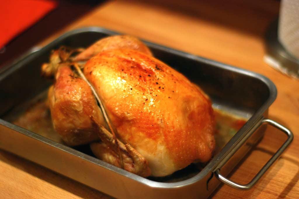 Pečené-kura Ako upiecť kura v rúre, 3 kroky na chrumkavé pečené kura