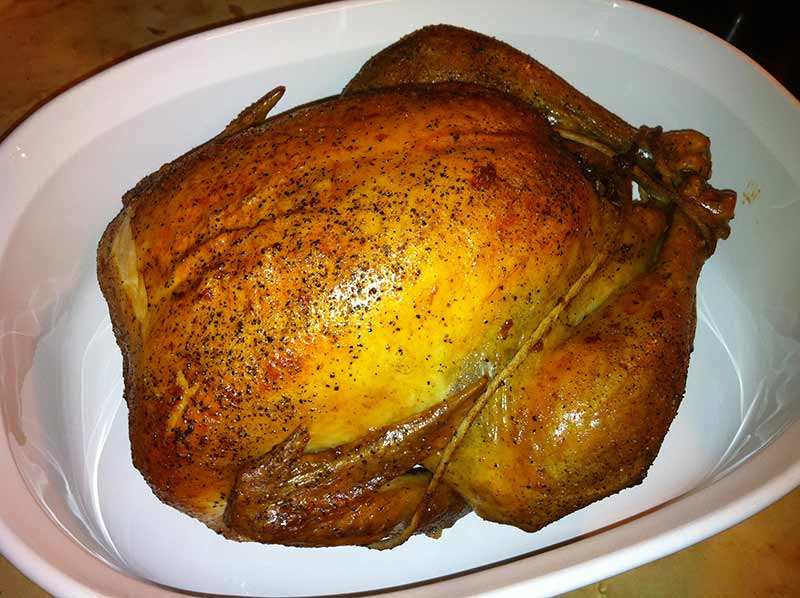 Zviazané-kura Ako upiecť kura v rúre, 3 kroky na chrumkavé pečené kura