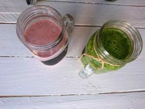 Špenátové a jahodové smoothie